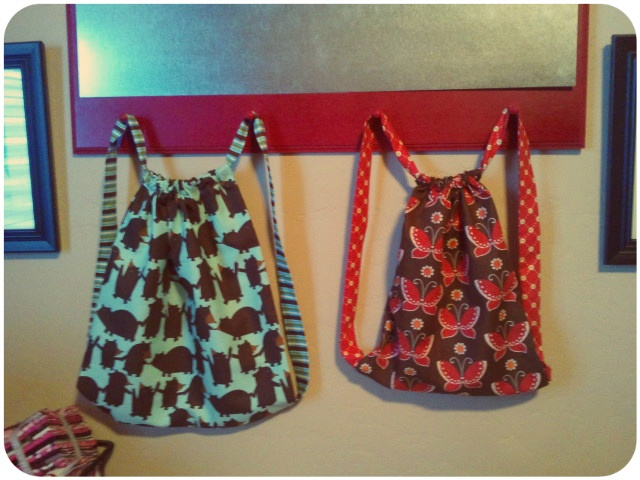 The Little Fabric Blog: Backpack in a Cinch!