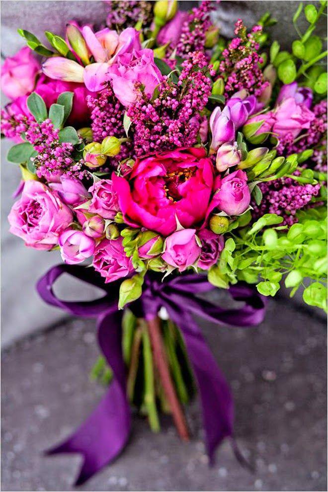 Bright and gorgeous ~ Photographer:  Dany C Photography, Floral Design: Greyson Design | bellethemagazine.com
