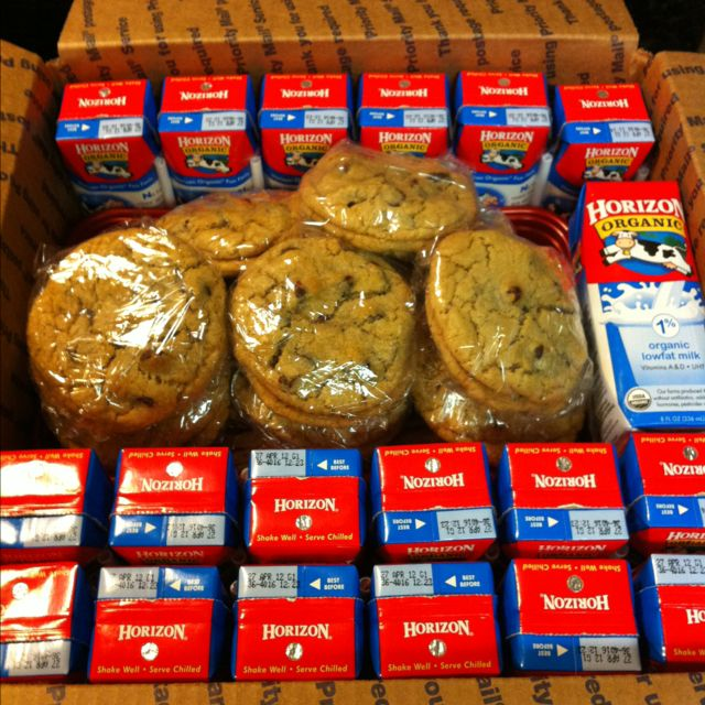 BOYFRIEND: Cookies n milk care package! I know its hard for me to not be with you, and I can only imagine how it's been for you, so here are some sweet treats to sooth the missing and help fill the void til I come home to you <3