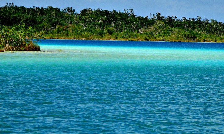 Laguna De Los 7 Colores, Bacalar, Quintana Roo, Mexico