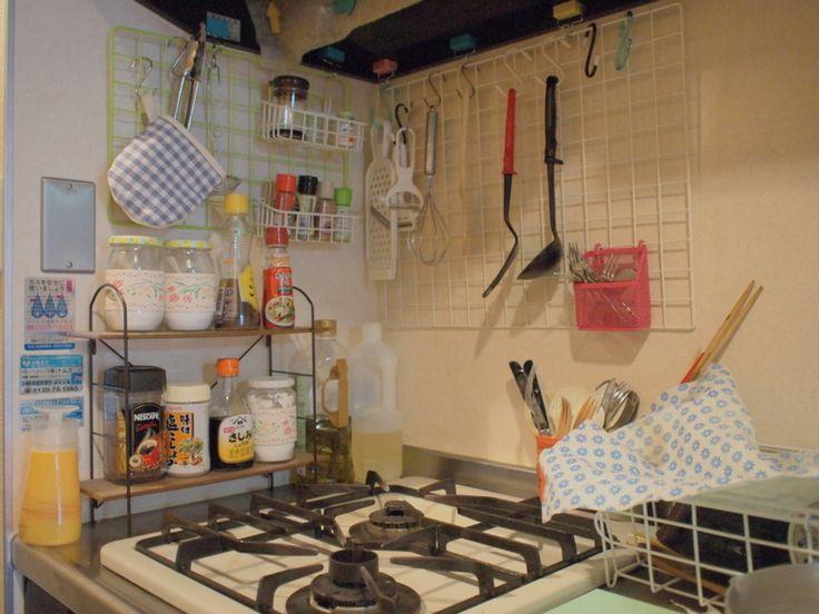一人暮らしのお部屋のインテリアを考える際には、ワンルームや1K、1DKという狭いスペースの中で「いかに快適に暮らせるように工夫するか」というのが大事ですよね。一人暮らしのインテリアづくりのヒントになる実例を場所別にご紹介します。