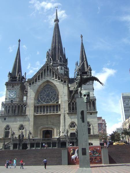 Una hogar tradicional en Colombia es Manizales Catedral.