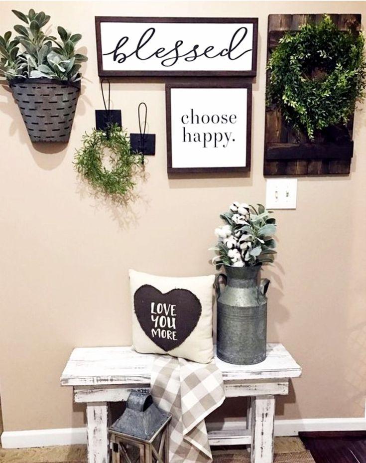 Farmhouse Family Rooms • Modern Farmhouse Living Room Decor Ideas