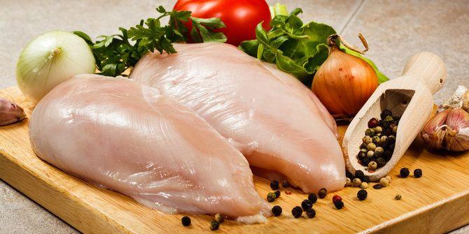 Awas, Jangan Pernah Mengonsumsi 6 Makanan Ini Secara Mentah - http://keponews.com/2014/12/awas-jangan-pernah-mengonsumsi-6-makanan-ini-secara-mentah/ #Ayam, #KacangMerah, #Kentang, #Terong
