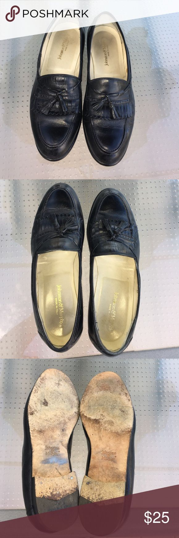 Mens Johnston & Murphy Italian Loafers Black tassel loafers in good condition. All leather, including soles. Some marks on inside. Made in Italy. Size 10M Johnston & Murphy Shoes Loafers & Slip-Ons