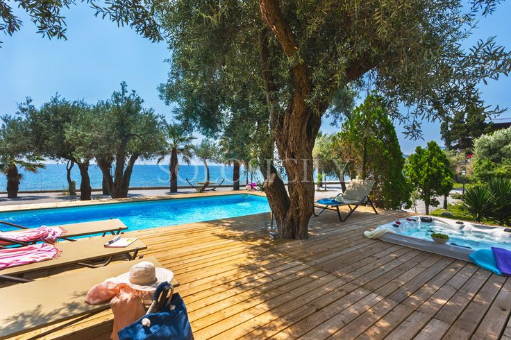 Bellasia. A truly spectacular villa in Sicily. Seafront location, pool and jacuzzi. Absolute heaven!