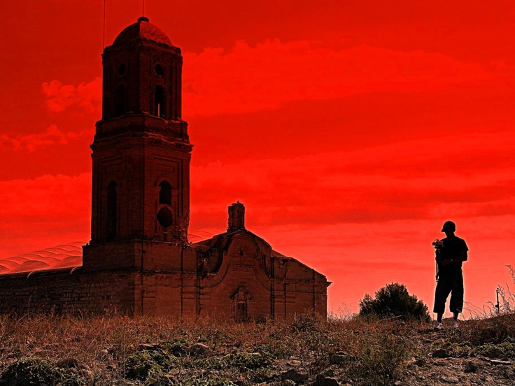 Campanar de l'església del Poble Vell de Corbera d'Ebre