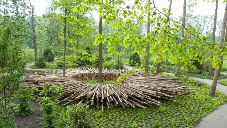 site specific land art in woodland setting   Jan Johansen & Jette Mellgren, Fletværket Denmark