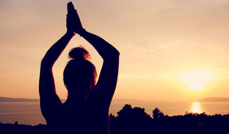 """Wir verabschieden den Sommer! Eine kleine Meditation um das """"Sommergefühl"""" einzufangen. #Yoga #SummerFeeling #Chin Mudra"""