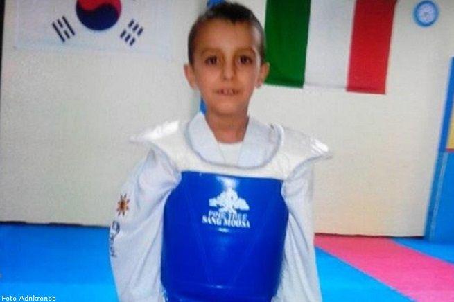 Orrore nel Ragusano, bimbo di 8 anni scomparso a Santa Croce Camerina è stato trovato morto in un mulino abbandonato | The Horsemoon Post