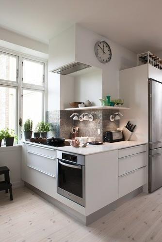 Bright kitchen project