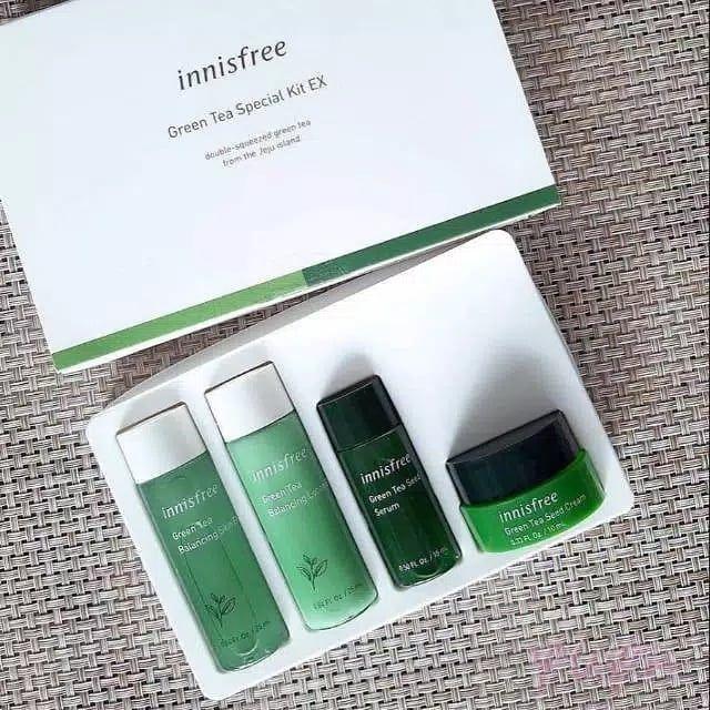 Innisfree Green Tea Special Kit Ex 4 Item Berfungsi Untuk Melembabkan Serta Menyejukan Kulit Wajah Dapat Digunakan Untuk Jenia Toner Pelembap Kulit Kulit