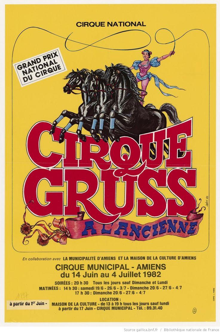 [Cirque Gruss à l'ancienne...Cirque municipal Amiens...14 juin au 4 juillet 1982. 4 chevaux noirs et écuyère : affiche] | Gallica