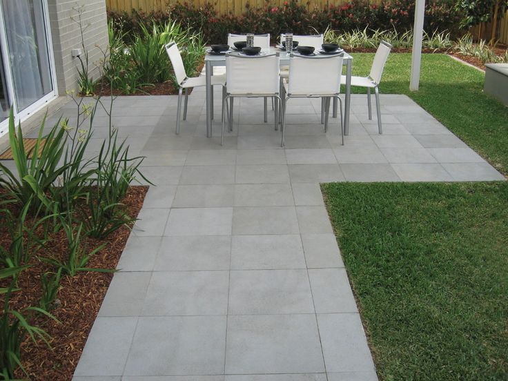 Outdoor Pavers Geelong : Brushed grey titan basalt bluestone tiles supplied by