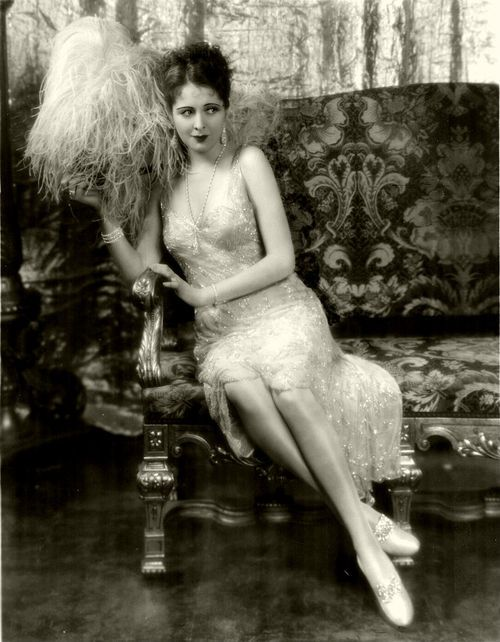 Billie Dove, 1929   |  #1920s #CandySays