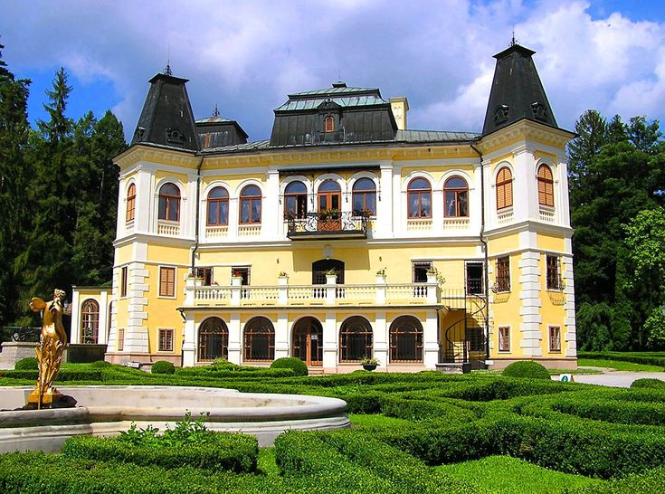 One of my favorite places in Slovakia - Krasna Horka. Gorgeous!