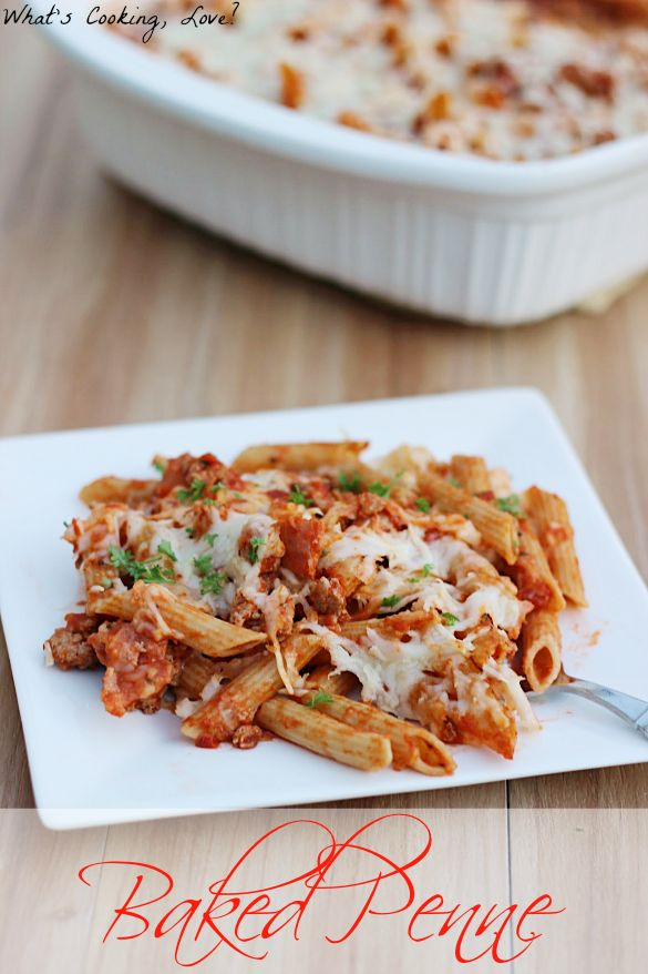 Baked Penne | http://whatscookinglove.com | A delicious and easy baked pasta that is combined with ground turkey and bacon and topped with cheese.  #pasta #dinner #turkey