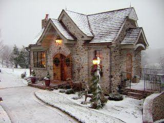 Small town stone cottage in England. So cozy looking!