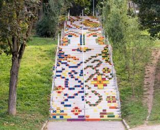 Cele mai colorate scări din România
