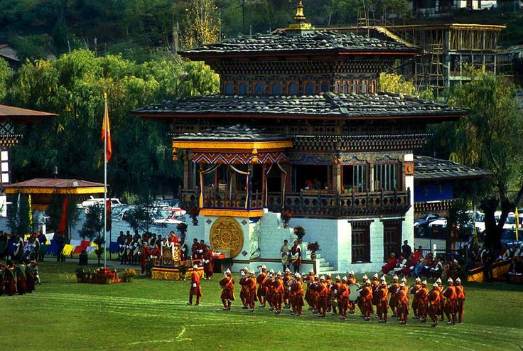 Celebrate Christmas & New Year in Bhutan Looking for a Christmas and New Year Tour in Bhutan is truly a place idyllic bliss. The natural landscape that is on offer exotic and can really make your holiday enjoyable as well as memorable. http://www.bhutanmahayanatours.com/