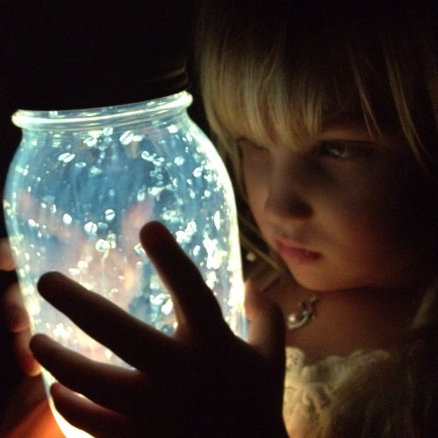 Fräulein Löwenzahn wird Kindergärtnerin: Glitzerfeen im Glas