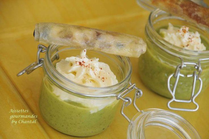 Soupe de courgettes, espuma de parmesan et croustillants méditerranéens