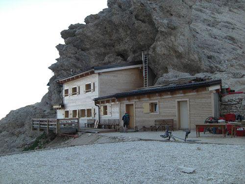 Grasleitenpasshütte (Rifugio Passo Pricipe) (2601 m), Rosengarten, Dolomiten