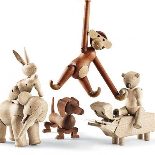 Wooden Animal Toys by Kay Bojesen www.kaybojesen-denmark.com :. via Design Milk