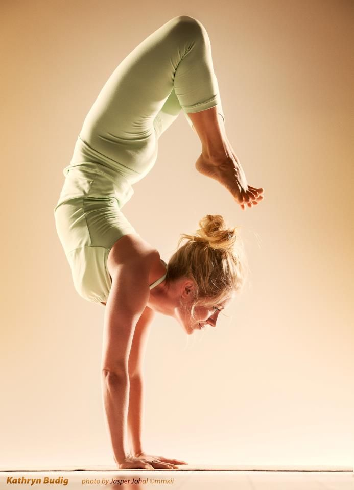 Scorpion combines flexibility, strength, and balance. Kathryn Budig breaks down the pose