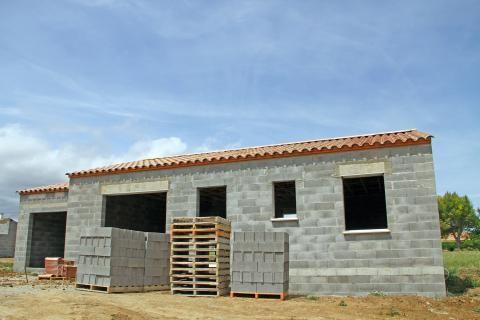 Assurance construction : à quel moment la garantie décennale commence-t-elle ?  http://edito.construire.seloger.com/conseils-d-experts/reglementations/assurance-construction-quel-moment-la-garantie-decennale-commence-t-elle-article-20118.html