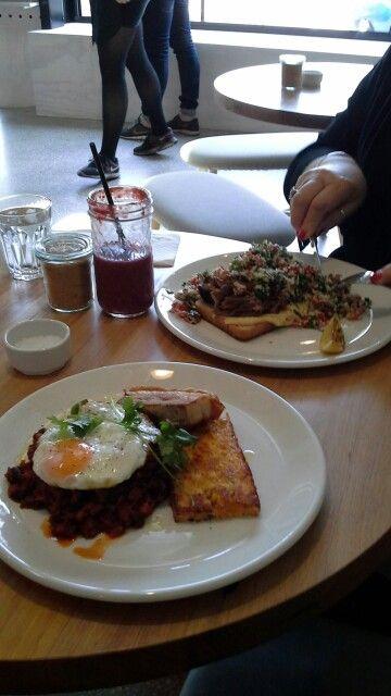 lunch @ 119 Howard Street