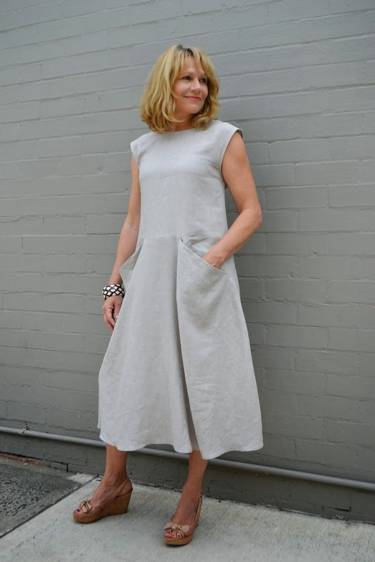 Meet Pia – our newest Tessuti pattern! This pull-on dress is designed with extended shoulder sleeves and exaggerated pockets. The comfortable, flattering style is shaped without being fitted, and features a wide flared skirt allowing it to be worn loose...