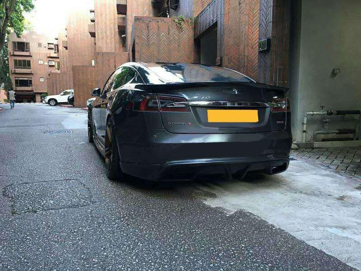Tesla Model S 85 P85 carbon fiber bumper body kit  Skype:junchi2016@outlook.com WhatsApp:+86 15271799951 Email:sales024@jcsportline.net Mobile: +86 15271799951 Web: www.jcsportline.net Facebook: https://www.facebook.com/xiao.ting.982845 Twitter: https://twitter.com/cartuningNicole