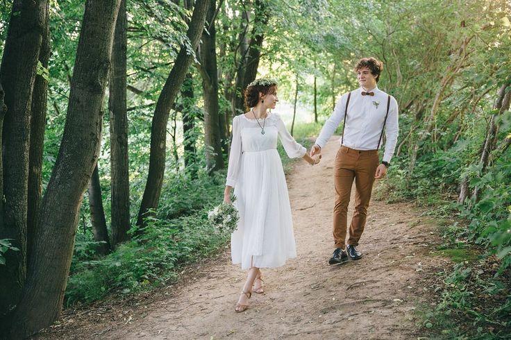 Летний образ жениха и невесты. Прогулка в лесу. Фото: Николай Абрамов