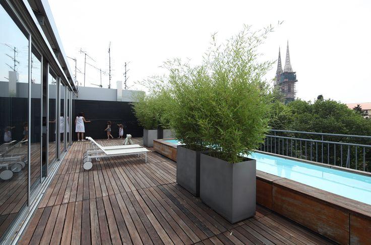 Terasa S Pogledom Na Grad Interijer Stan Arhitektice