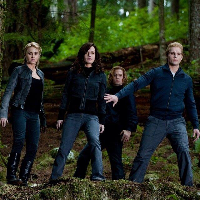 Twilight Saga:Eclipse ~ Rosalie Hale (Nikki Reed), Esme Cullen (Elizabeth Reaser), Jasper Whitlock Hale (Jackson Rathbone) and Carlisle Cullen (Peter Facinelli)