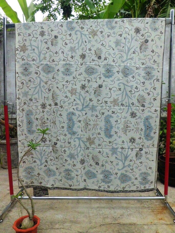 Handwritten batik using natural dye. IDR 375K. Material : primisima catton. Size : 2,50x1,15 M. Whatsapp +6287839362005. BBM : 745255A1