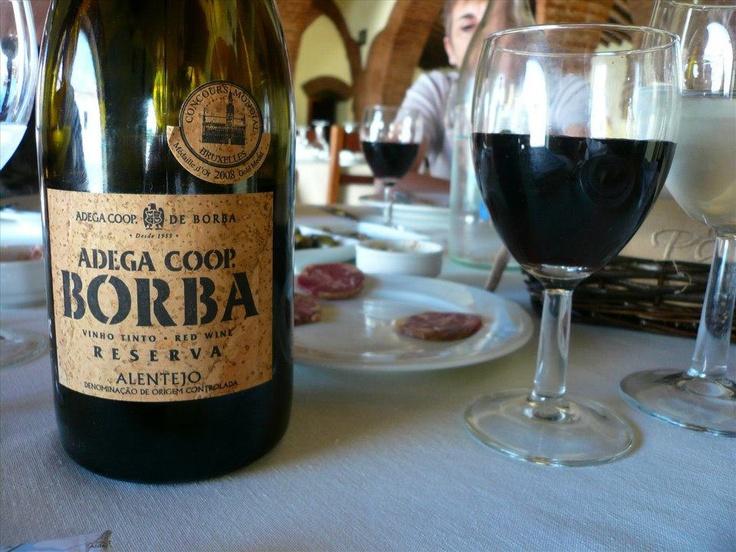 I ♥ Borba - Vinho tinto alentejano. Foto por rvacapinta em Fotopedia.