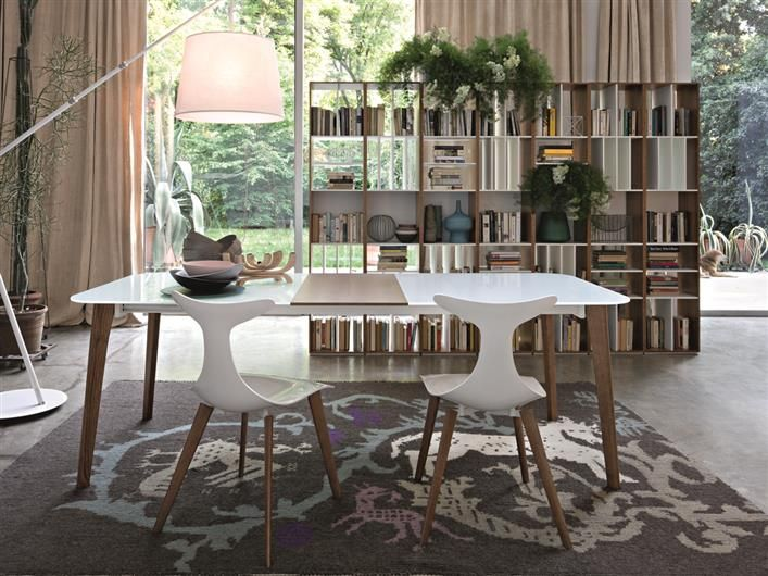 Oslo table + Delfy wood chair