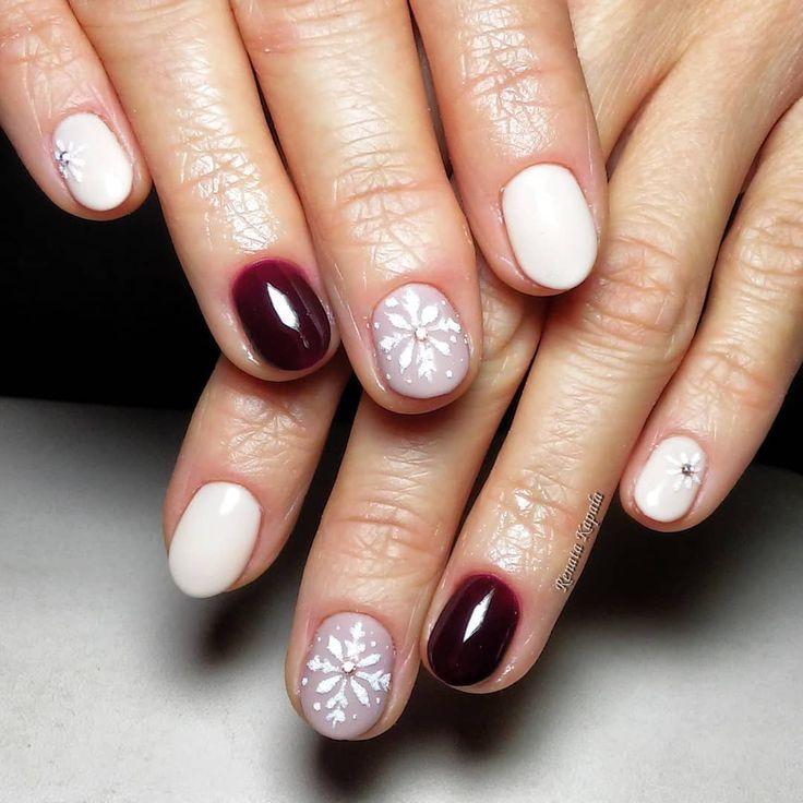 #indigo #indigonailslab #indigonails #loveindigo #indigolovers #instanails #nail #nails #nails #nailstagram #nailartwow #nail4you #newnails #paznokcie #paznokciehybrydowe #manicure #manicurehybrydowy #wzorkimalowaneręcznie #wzorkinapaznokcie #christmasnails