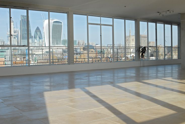The Menier Penthouse has stunning view of the City  #London #londonskyline #penthouse #londonbridge #borough #concretewalls #blankcanvas #photoshoot #filmlocation #venuehire #balcony #windows #openspace #location #menierpenthouse