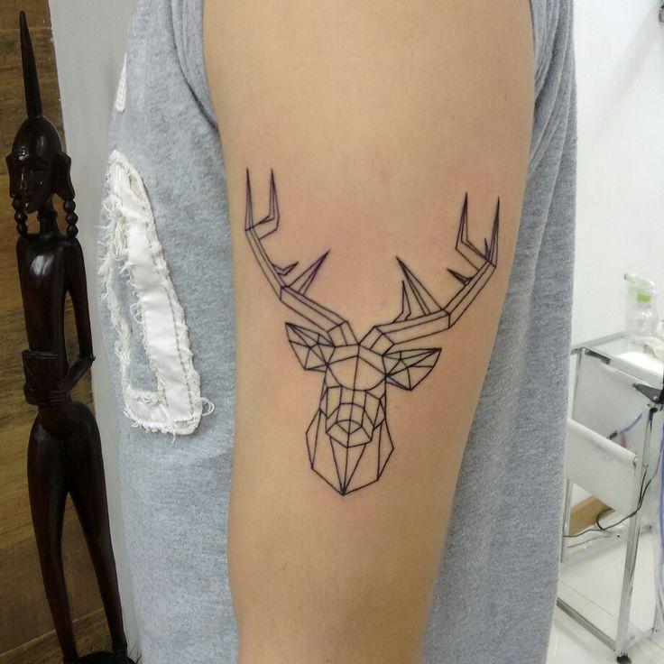 Líneas, tatuajes de líneas, tatuajes geométricos