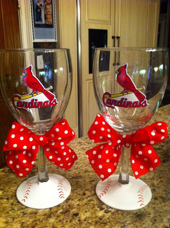 Mama Laughlin: I like wine. and baseball. A Giveaway...I know someone that would love these!!