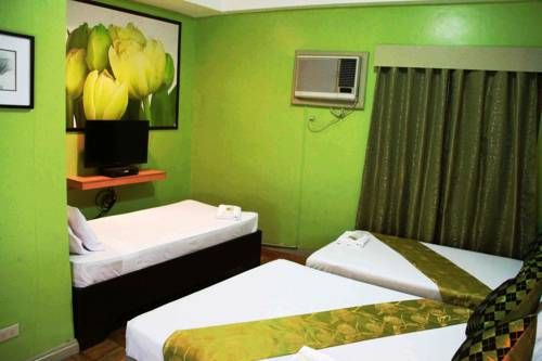 Jade Hotel and Restaurant Olongapo Jade Hotel and Restaurant is located in Olongapo, 600 metres from Harbor Point and 1.8 km from Subic Bay Convention Center. Guests can enjoy the on-site restaurant.