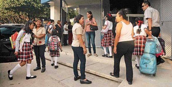 CNTE toma plazas y medios de comunicación en Chiapas