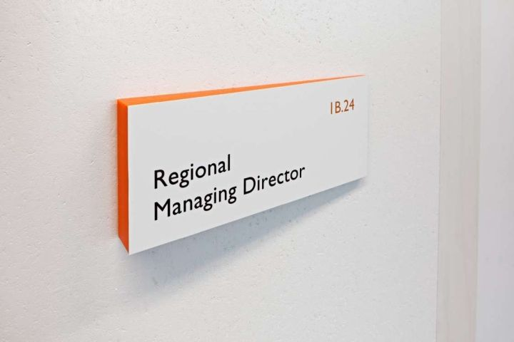 The signage system we designed employs colour and materials in their simplest form. The signage system suits the spirit of its surrounding, communicating information clearly without being intrusive.