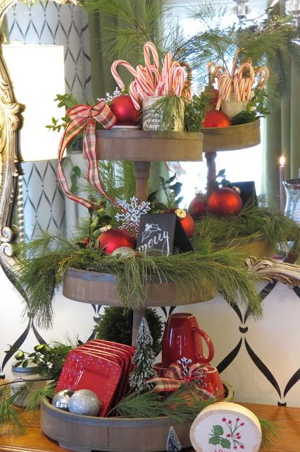 christmas-tiered-tray