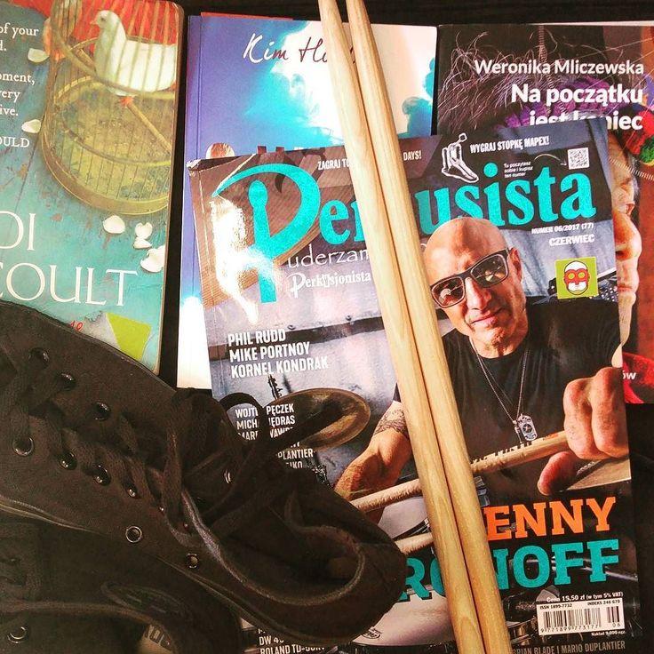 Pakowanie in progress. Jutro wyruszam na #rockcamp #Lucciola gdzie perkusja będzie cała moja  QQ: gracie na jakimś instrumencie?  #LucciolaGirl #Perkusista #drumgirl #pakowanie #bookstagram #bookstagrampl #books #book #książka #książki #terazczytam #currentlyreading #czytam #TBR2017 #goodreadsreadingchallenge #readingismagic #readingisgood #readingislove #readingisawesome #czytaniejestfajne #czytambolubię #bookwormlife #molksiazkowy #read2017 #readingchallenge2017 #2017readingchallenge…