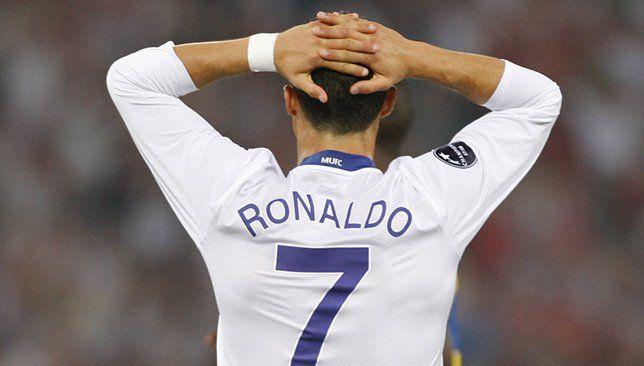لعنة الرقم 7 في مانشستر يونايتد بعد رونالدو 5 لاعبين و 15 هدفا فقط الرقم 7 في مانشستر يونايتد له معنى خاص ليس فقط أي رقم هذا Ronaldo Jersey Sports Jersey