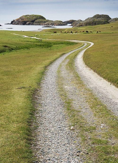 Isle of Iona (Scotland): the island where one can breathe inner peace.